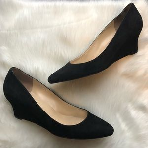 COLE HAAN SIGN. Black Suede Leather Wedges